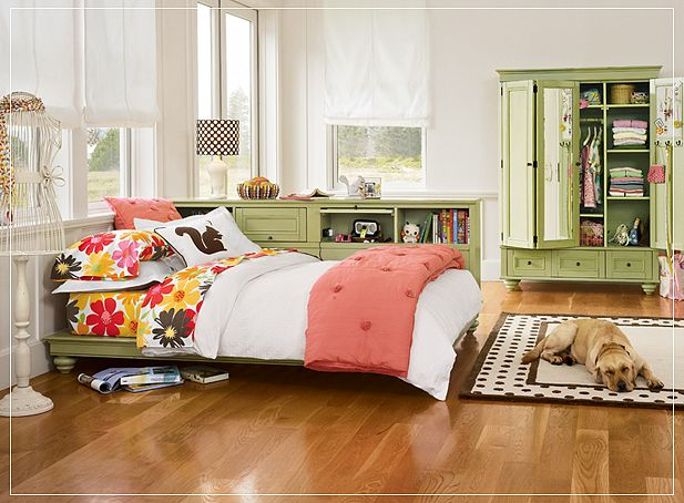 Teen room for girls - Old fashioned vintage bedroom design styles cozy cheerful vibe ...