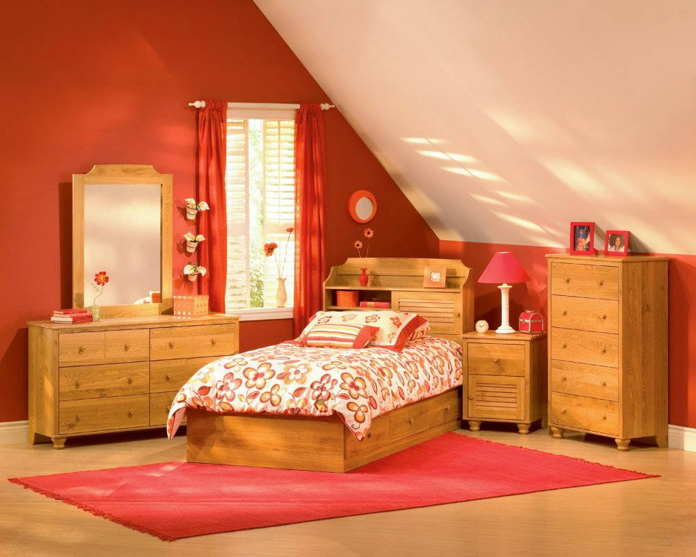 Kids room ideas 2 for Red cream bedroom designs