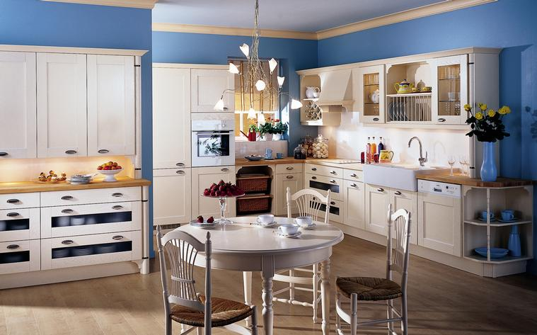 French country kitchens for Blue and yellow kitchen decorating ideas