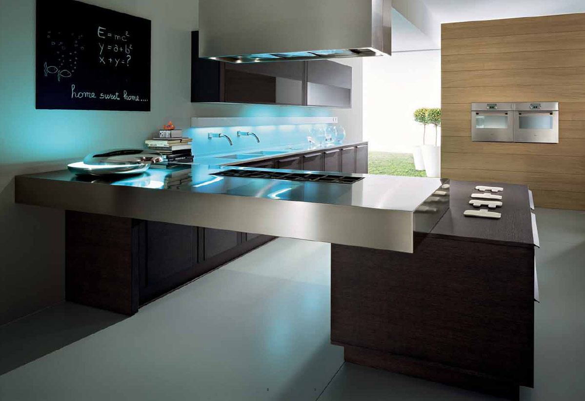 Celebrity home kitchens for Design your kitchen
