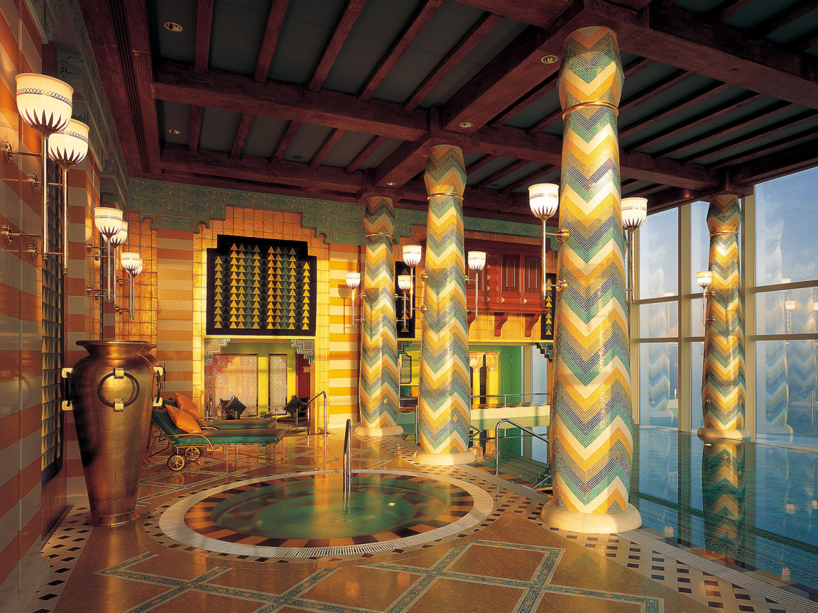 Indoor pools for Hotel de dubai