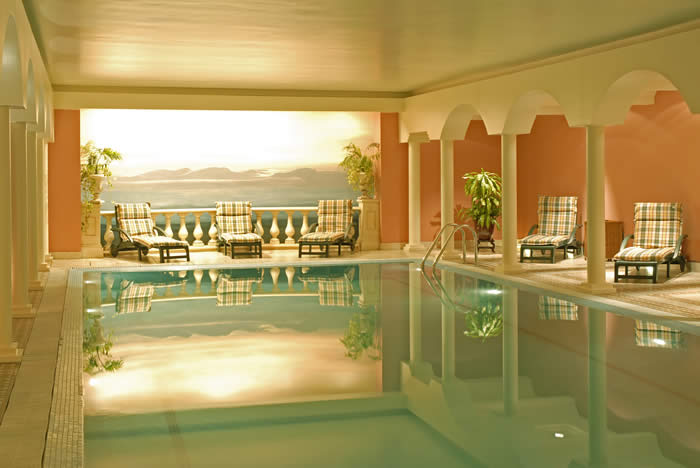 indoor pool and spa - Indoor House Pools