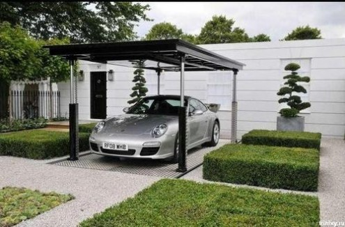 Porsche in Porch