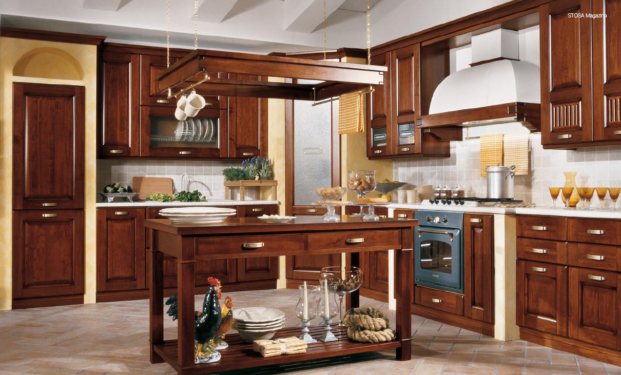 Classical style kitchens from stosa for Pics of traditional kitchens