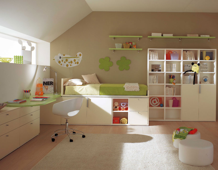 Amazing kids room designs by italian designer berloni for Amenagement chambre comble