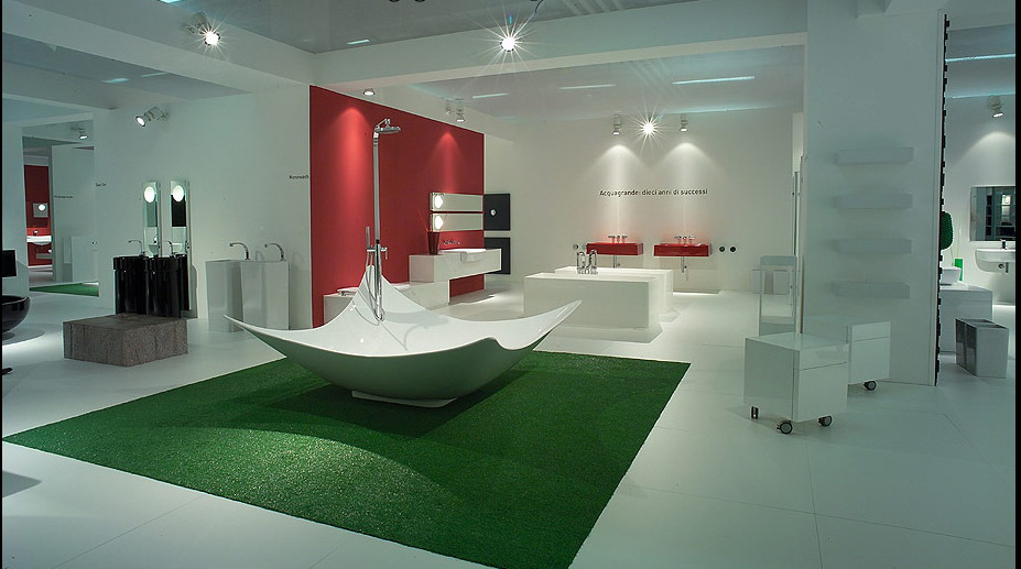 Modern creative bathrooms from flaminia for Cool modern bathrooms