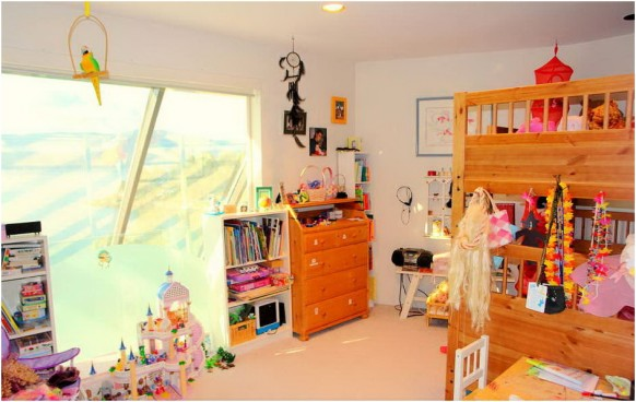 kids room colourful