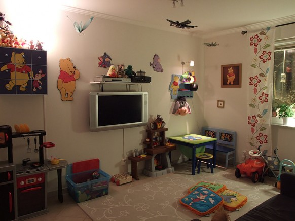 kids tv room