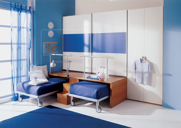 http://cdn.home-designing.com/wp-content/uploads/2009/07/childrens-room-organization.jpg
