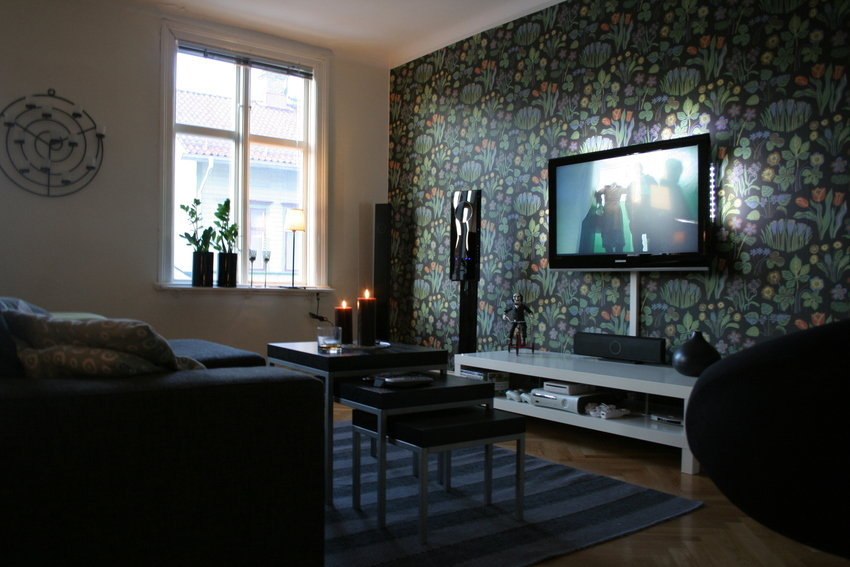 Living room tv setups for Family room tv wall ideas