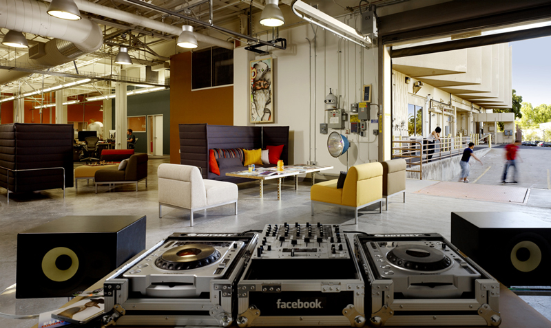 Merveilleux Facebook Office Lounge