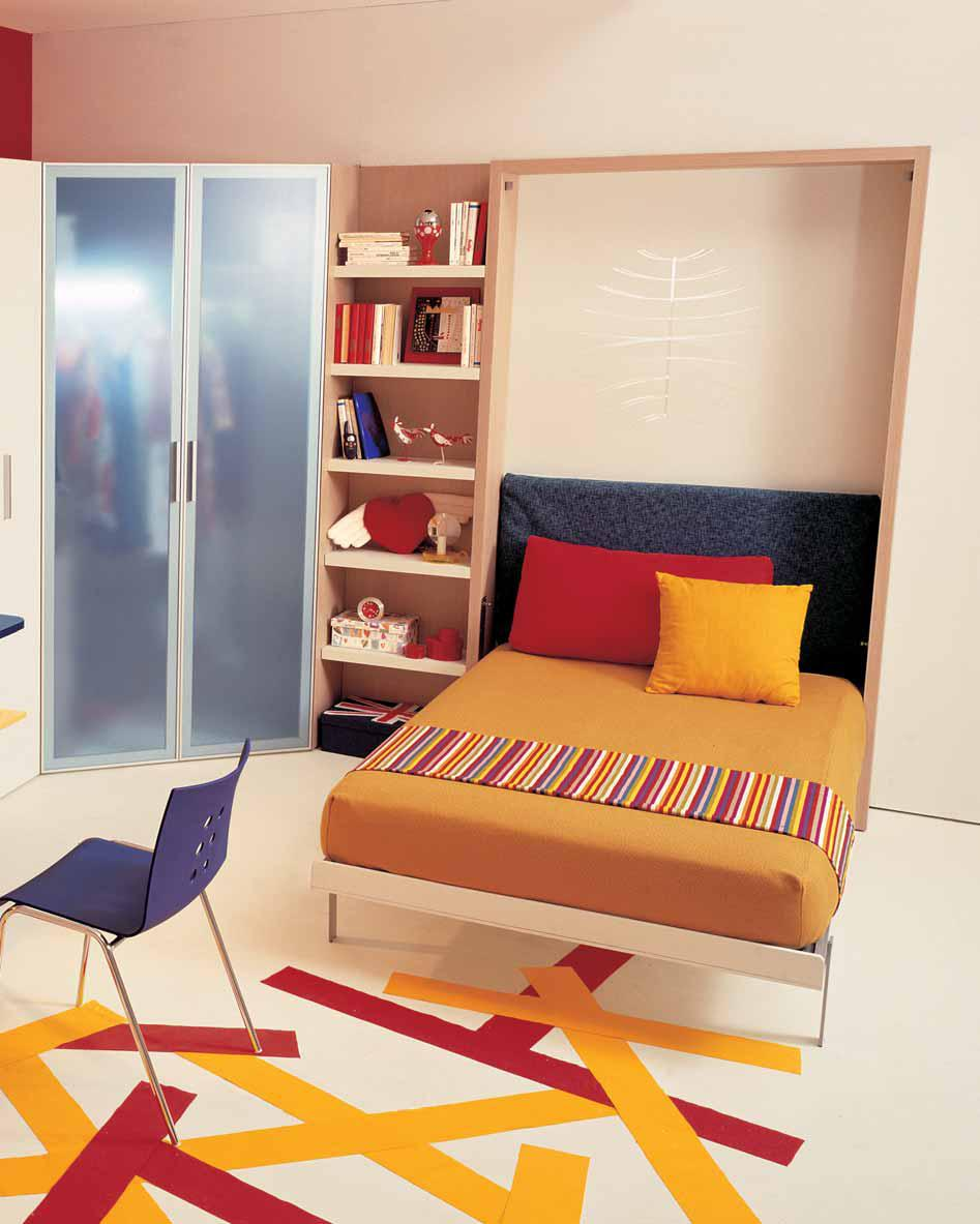 Ideas for teen rooms with small space for Teen bedroom storage