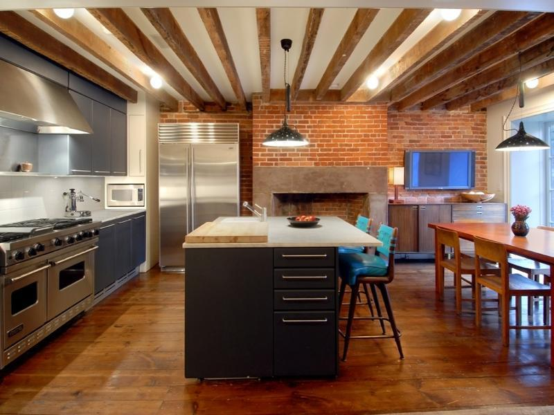 Julianne moore 39 s home in new york Kitchen design for village