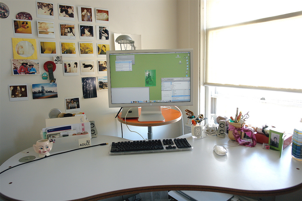 Unique Gallery Of 25 Girly Girl Workspace Ideas