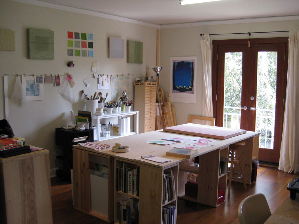 Art craft studios and other creative workplaces Home art studio interior design ideas