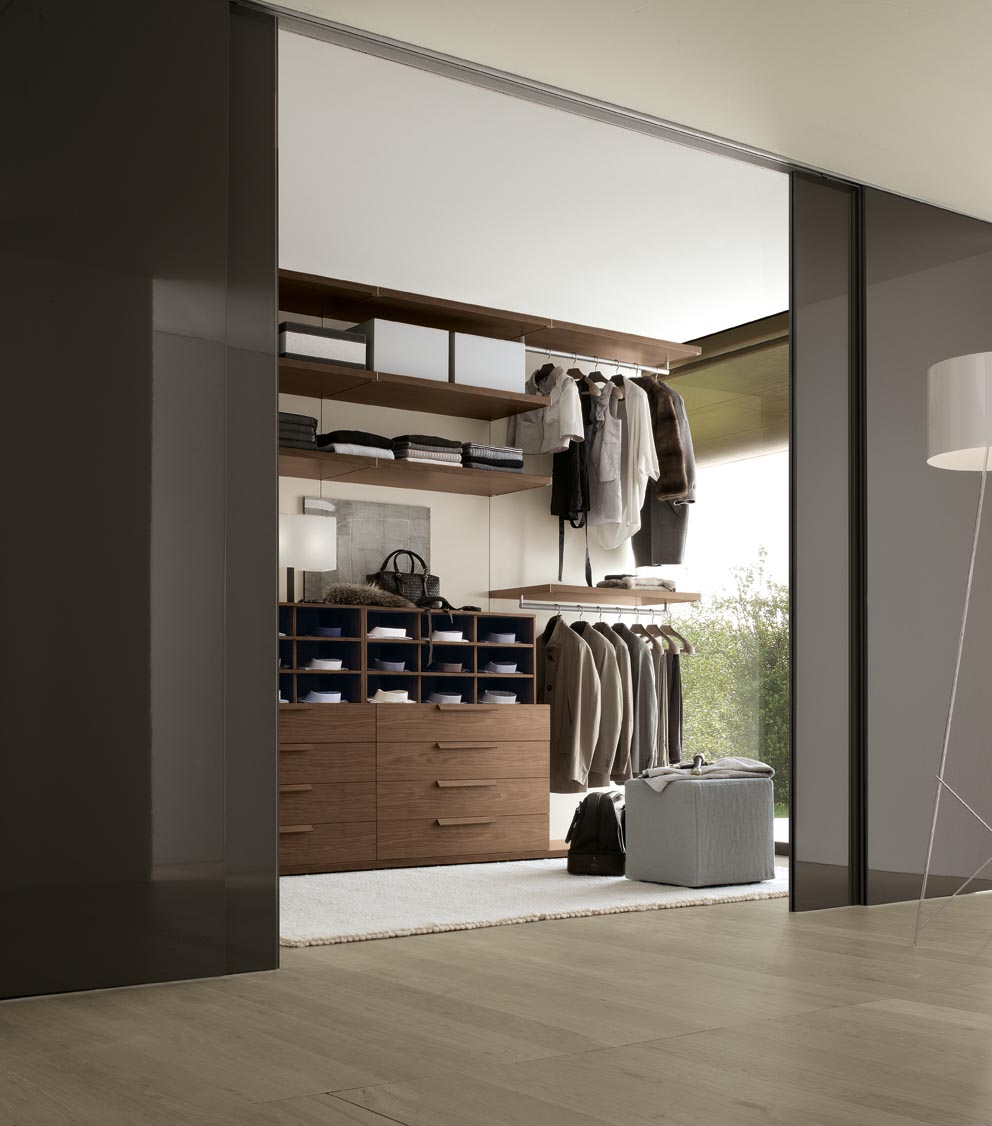 Bedroom wardrobe designs - Walk In Wardrobe For Men