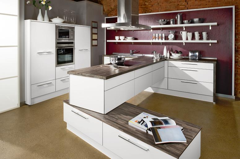 Stylish contemporary kitchens from bauformat for Kitchen interior designs