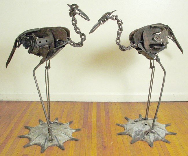 17 stunning life forms created from waste for Waste things into useful things