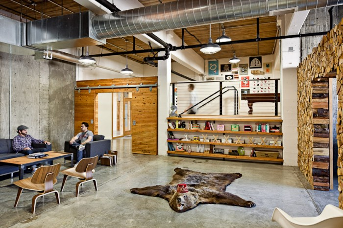 Stunning workplaces of a creative agency for Creative office space