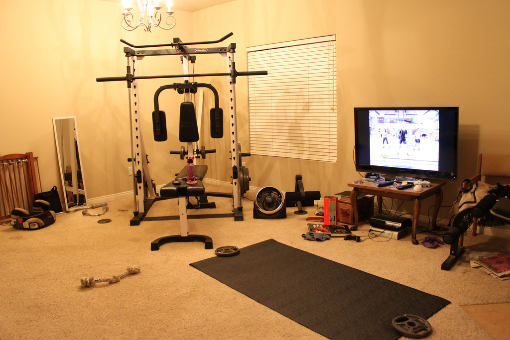 Home gym design tips and pictures Living room gym