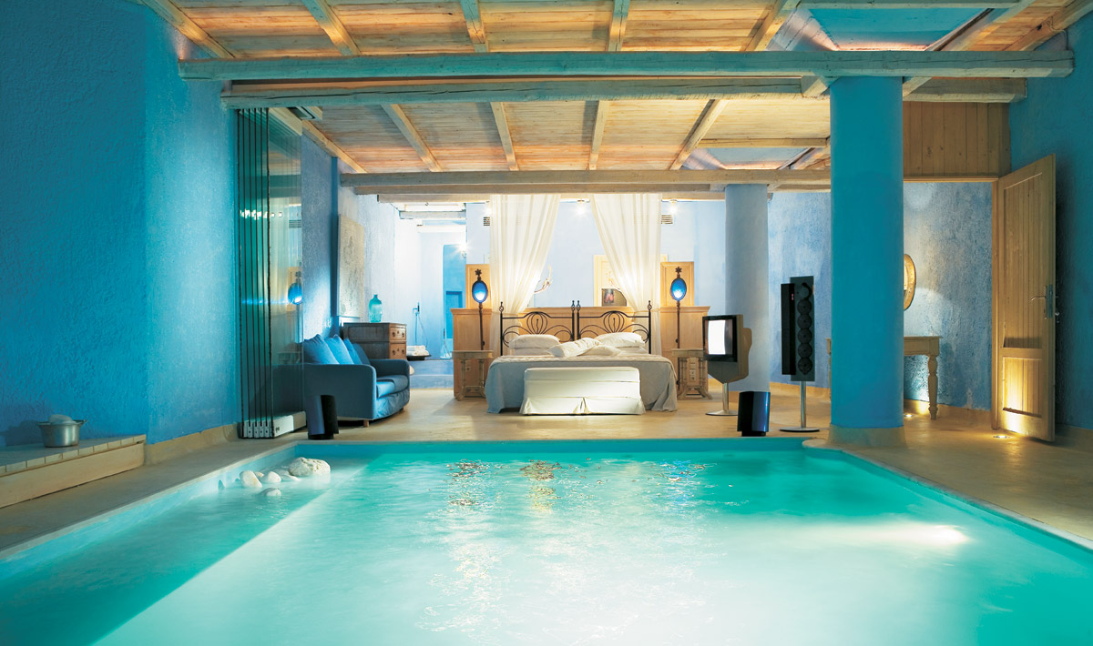 Gorgeous blue bedroom inside pool