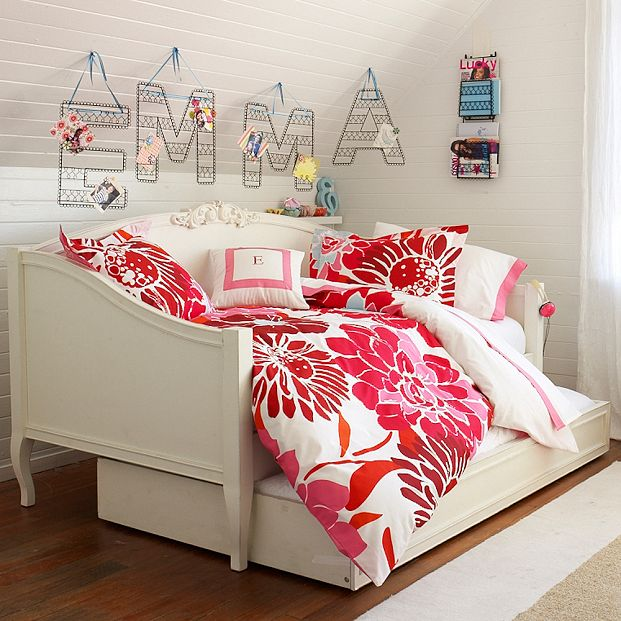 Dorm room furniture College dorm wall decor