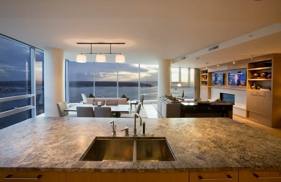 Seattle penthouse with panoramic views to die for for State of the art house designs