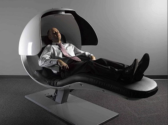 Bizarre energy pod that keeps googlers refreshed for Relaxing chair design