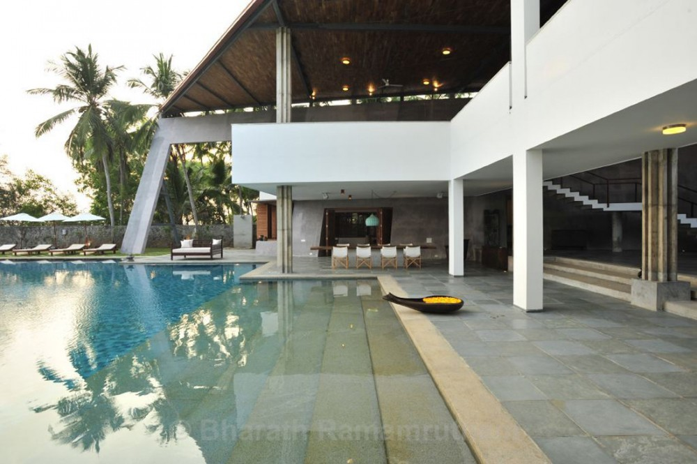 house with mesmerising ocean views kerala