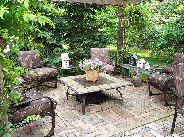 Creating outdoor spaces for country living Beautiful garden patio designs