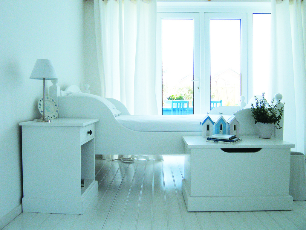 decorating in white: gorgeous white interior design inspiration