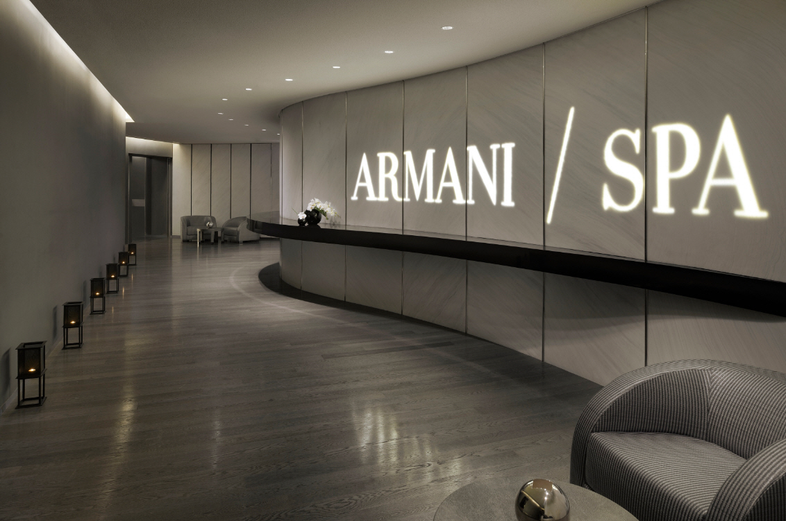 Interiors of armani hotel dubai burj khalifa for Spa interior designs