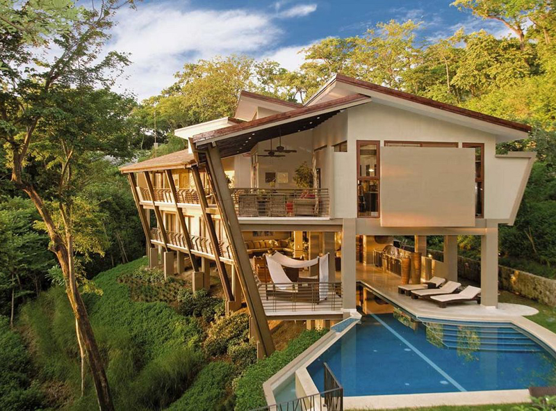 This Amazing House Produces More Energy Than It Consumes Beautiful-Home-in-Costa-Rica-Jungle