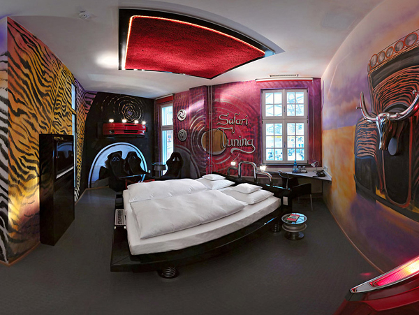 amazing car themed rooms of v8 hotel germany. Black Bedroom Furniture Sets. Home Design Ideas