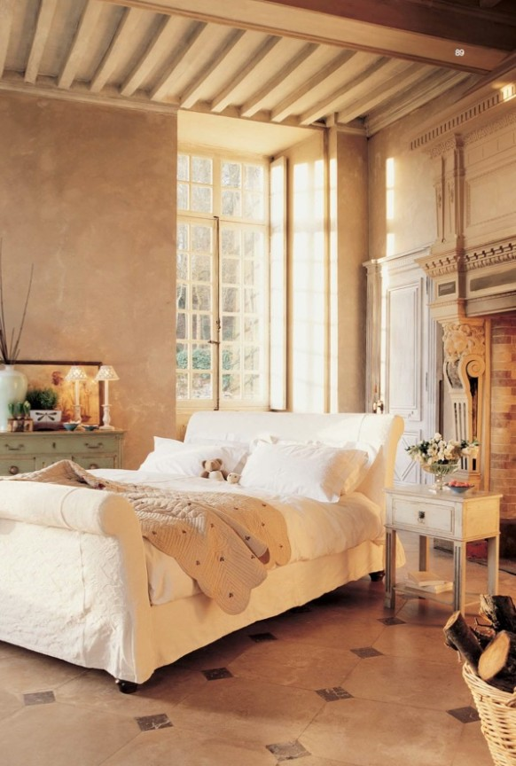 Modern classic and rustic bedrooms for What does chambre mean in french