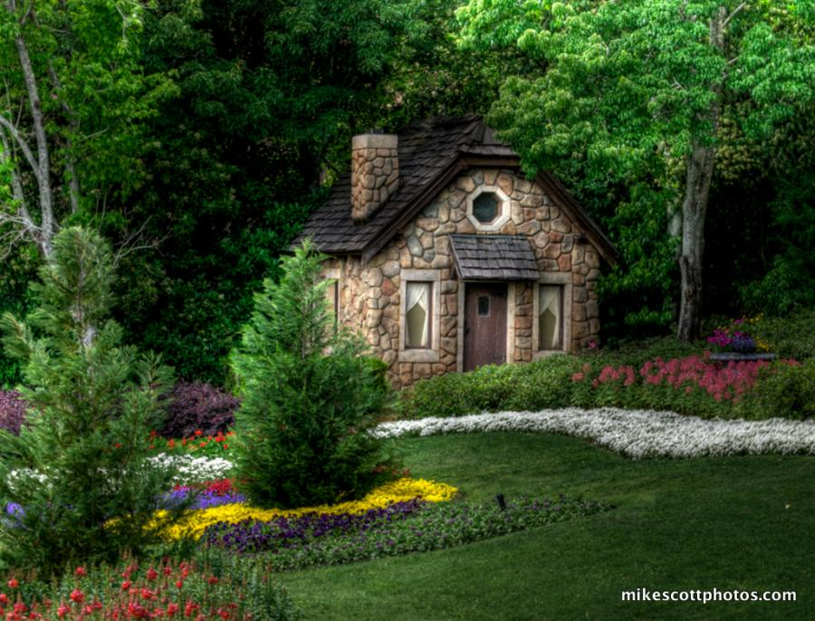 Fairy tale cottages for Cottage homes to build