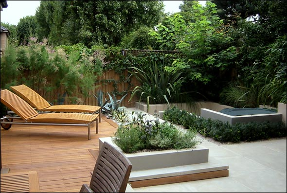 Beautiful roof gardens and landscape designs for Modern garden decking designs