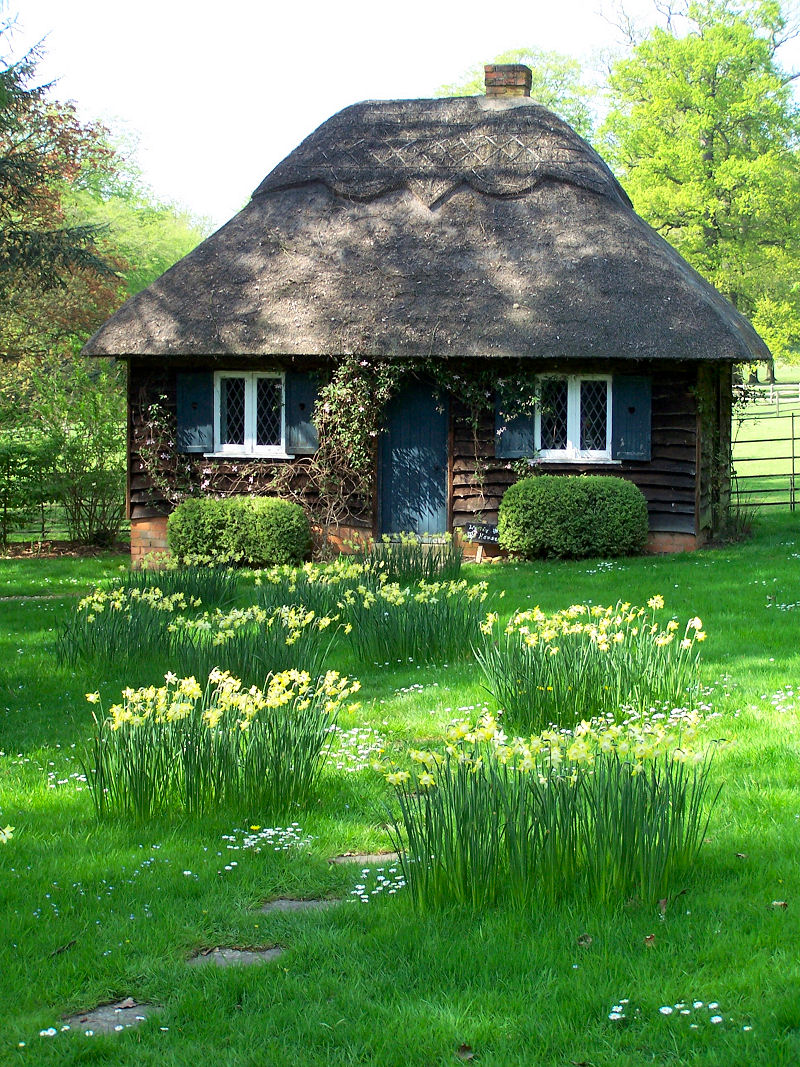 Fairy tale cottages for Cute house design