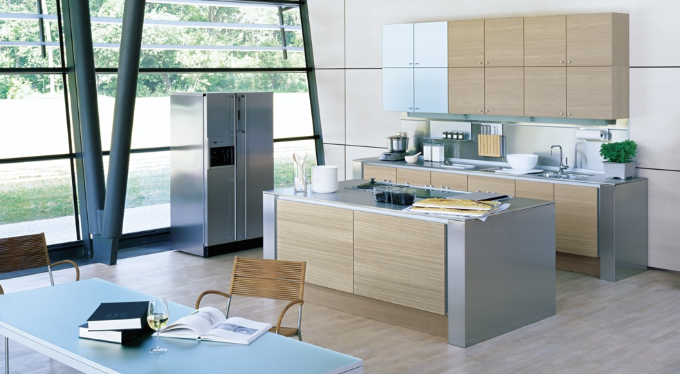 Kitchens from german maker poggenpohl for Modern kitchen design