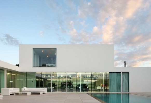Contemporary Villa VH by Beel Achtergael Architecten luxury garage
