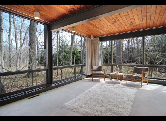room with view sitting area ferris bueller's day off house