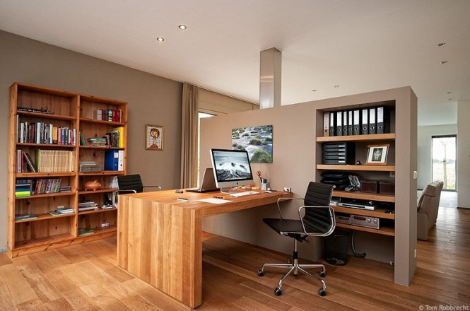 smart and spacious workspace