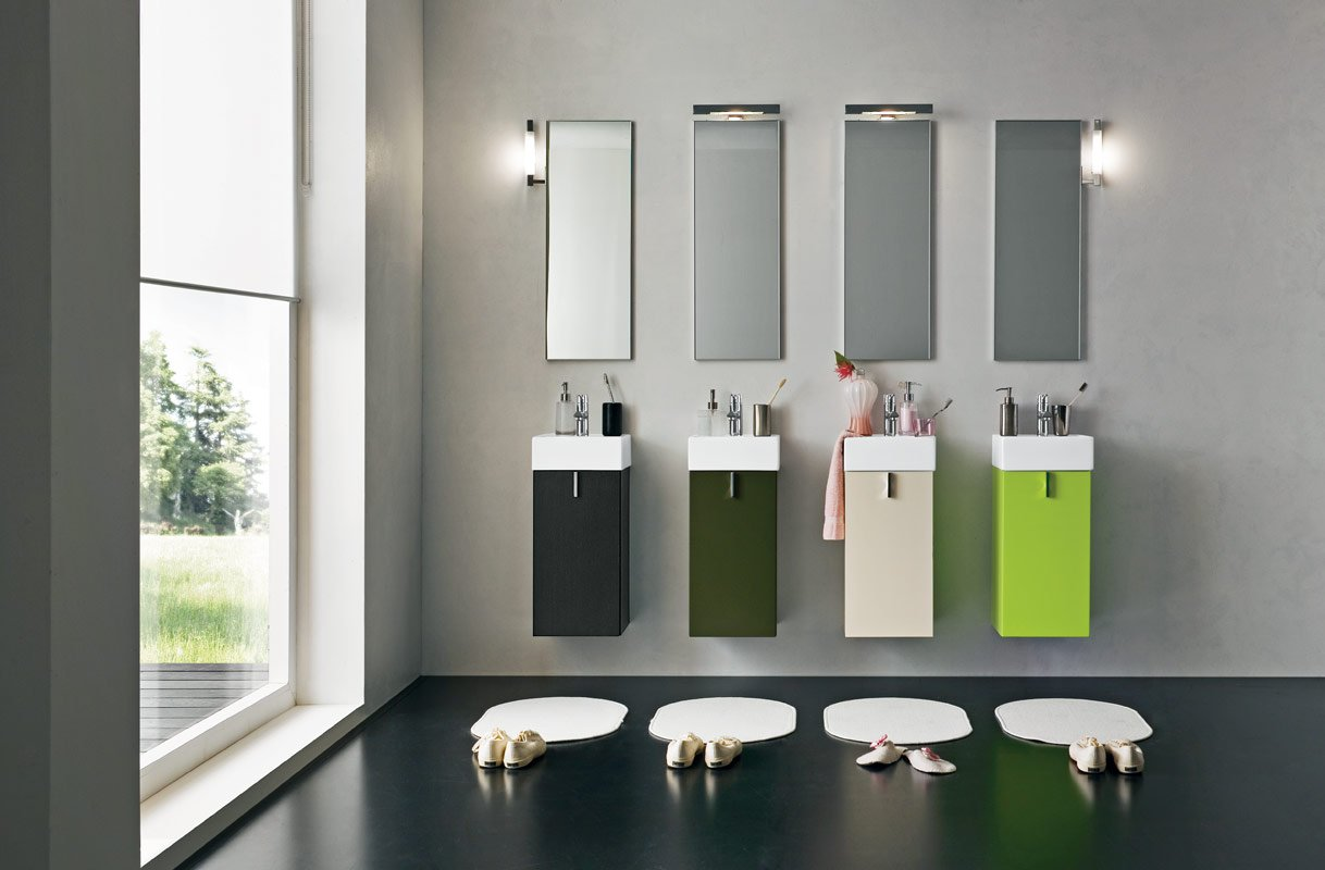 faucets for four - Modern Bathroom