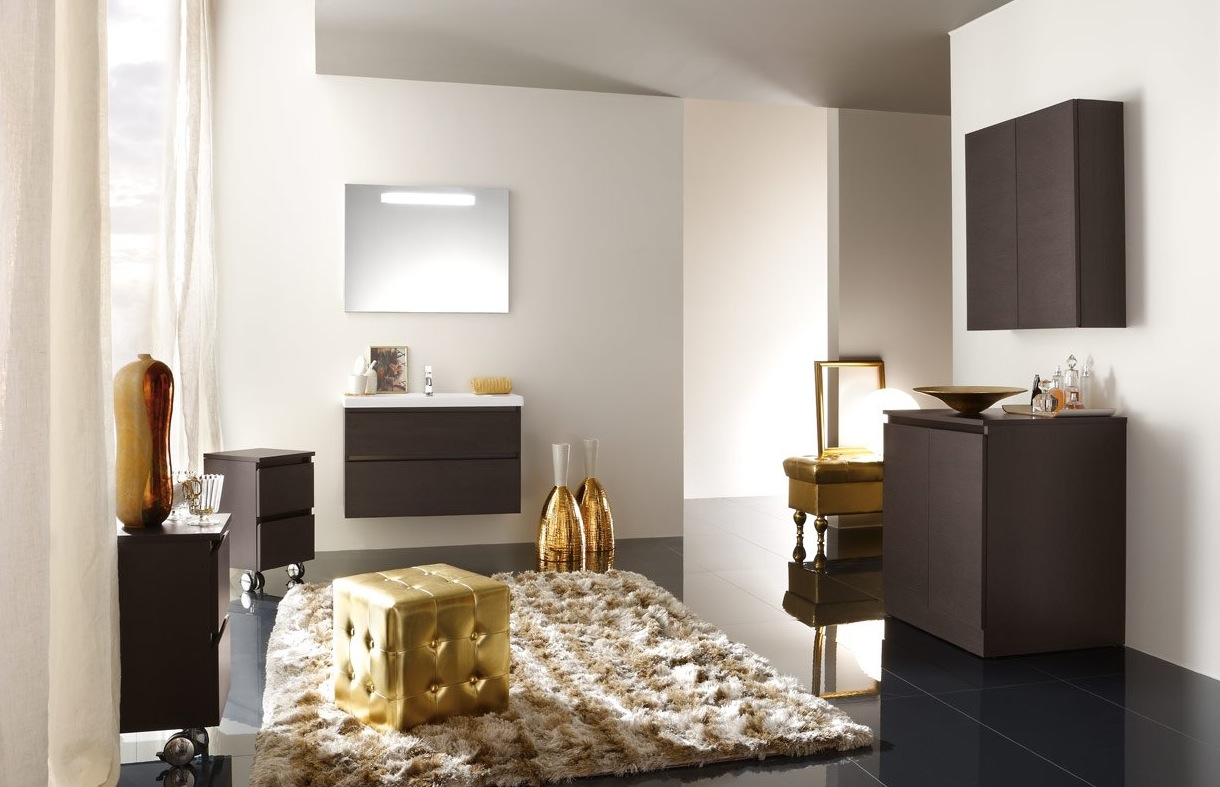 golden bathroom - Modern Bathroom