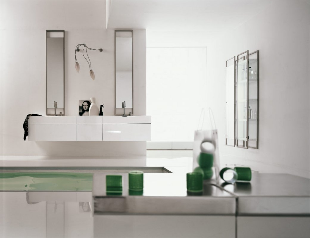 green white bathroom - Pics Of Bathrooms Designs