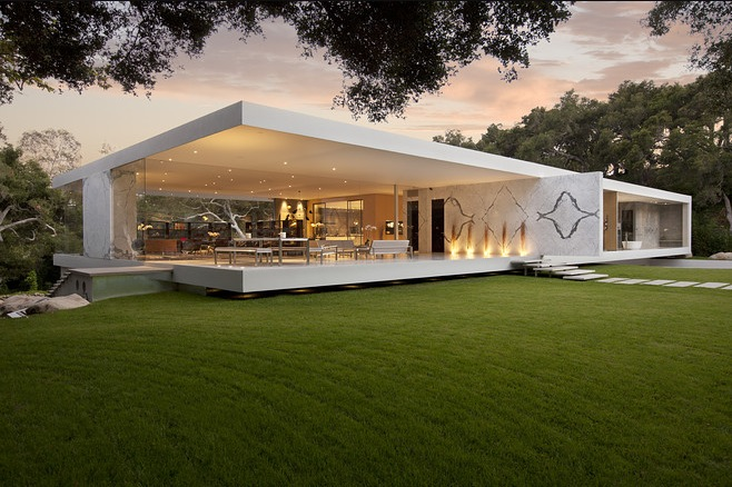 Luxury house designThe Stunning  Glass Pavilion  by Architect Steve Hermann. Designer Luxury Homes. Home Design Ideas