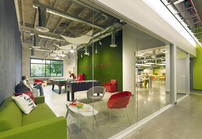 Skype office interiors for Hip office design