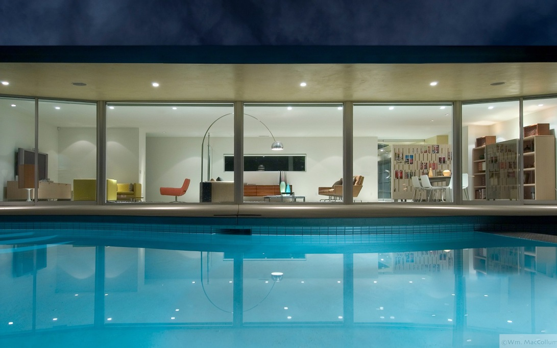 Beautiful living rooms photographed by william maccollum - Cool rooms with pools ...