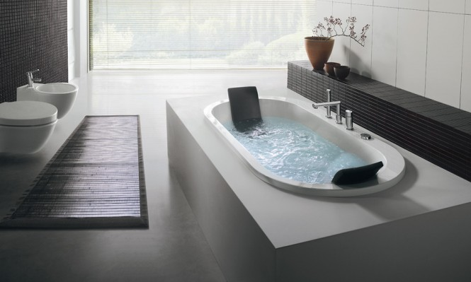 built in oval bathtub