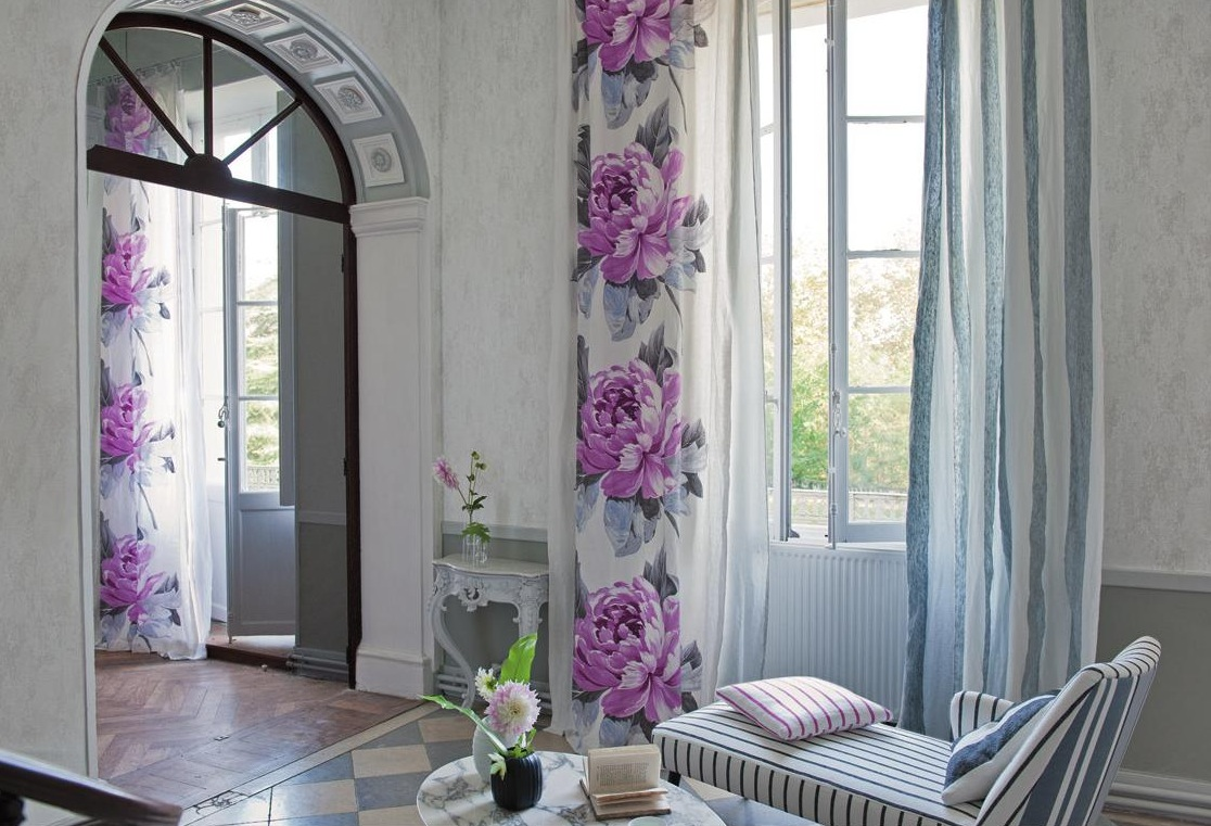 Spring flower wall curtains interior design ideas for Interior curtain designs